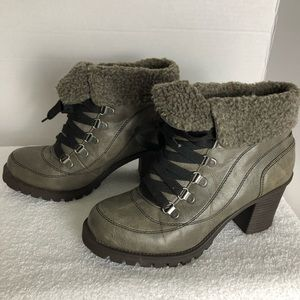 JELLYPOP LEAL LACE UP ANKLE BOOTS FAUX WOOL SZ 8M